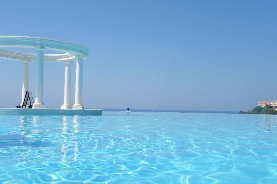 Paloma Club Sultan Ozdere: Infinity Pool, Turkey