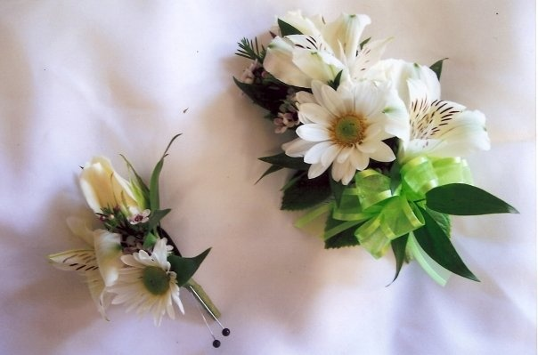 White daisy, alstroemeria and rose corsage and boutonniere ...