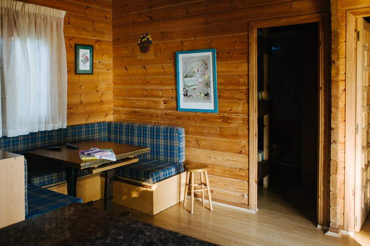 En nuestros bungalows podrás disfrutar de unos días de relax en la mayor comodidad. ¡Te sentirás como en casa!  www.campingriadearosa.com #camping #playa #Galicia #bungalow