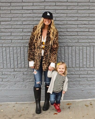 hunter boots outfit, leopard jacket outfit, baseball cap outfit, winter fashion, toddler fashion #toddlerwinteroutfit
