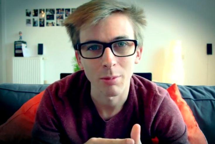 MNM-presentator out zich in videoboodschap - De Standaard