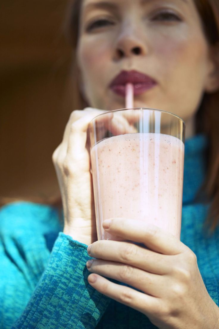 These diabetic-friendly Peanut Butter Smoothie recipes provide protein and a little bit of fat to help round out this quick breakfast meal.