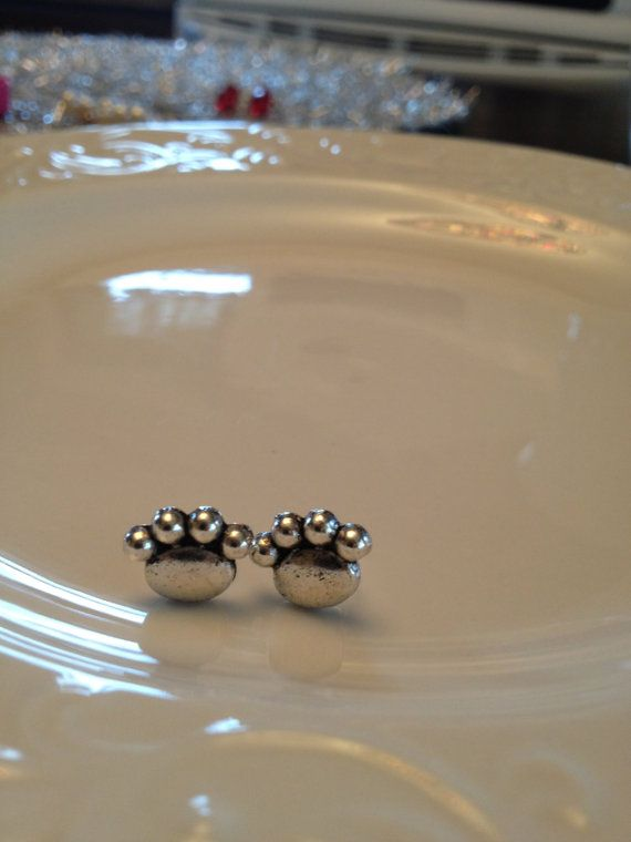 chrome nyc Penn State Paw Earrings by BedazzledYou on Etsy   4 00
