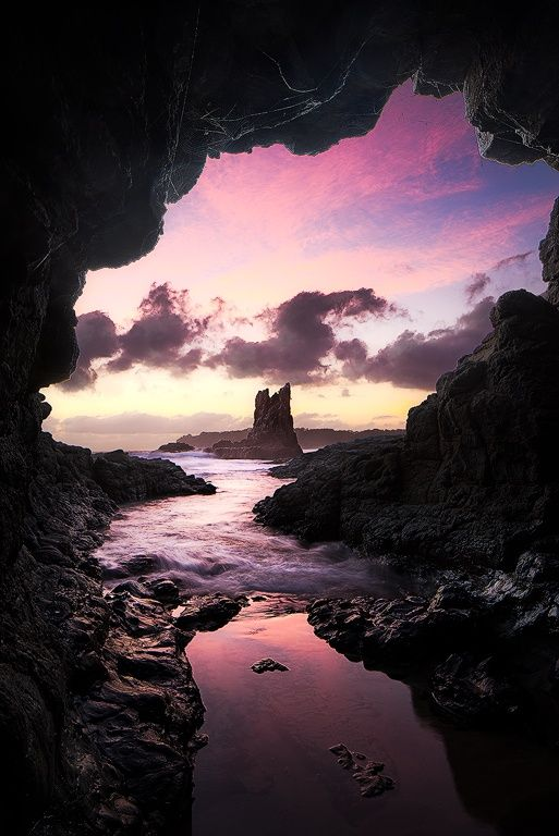 ~~F I R S T__L I G H T | Cathedral Cove, Kiama, South Australia | by Chris Wiewiora~~