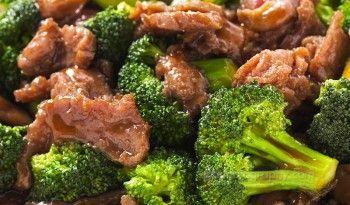 Bifteği sürekli aynı şekilde pişirip yemekten sıkılmış olanlar için ideal, besleyici ve sağlıklı bir tarif. Sizler için cin.yemekleri.tv'de #çin #yemekleri #mutfağı #tarifi #değişik #yemek #et #yemekleri #lezzetli #farklı #tarifler #et #brokoli #dünya #uzakdoğu #mutfağı