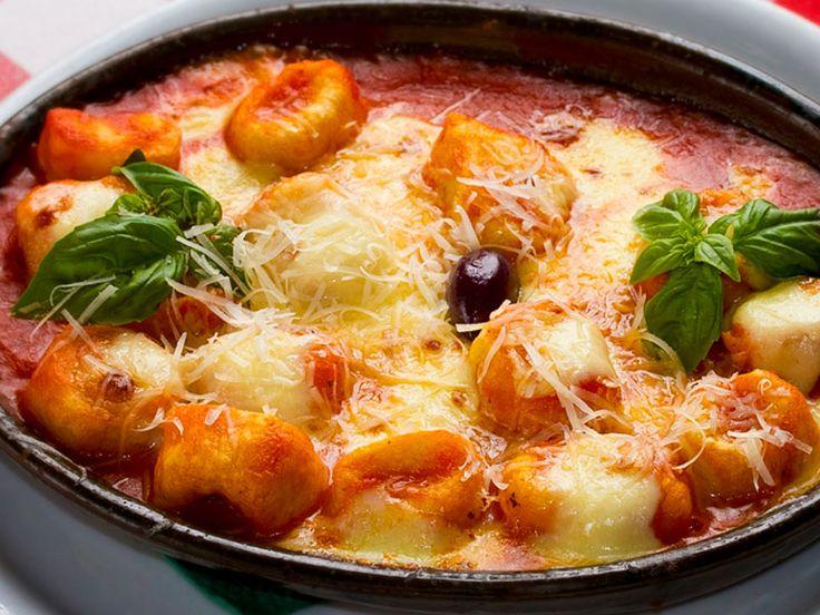 Gnocchi aus dem Ofen  Superleckere schnelle überbackene Gnocchi.  http://einfach-schnell-gesund-kochen.de/gnocchi-aus-dem-ofen/