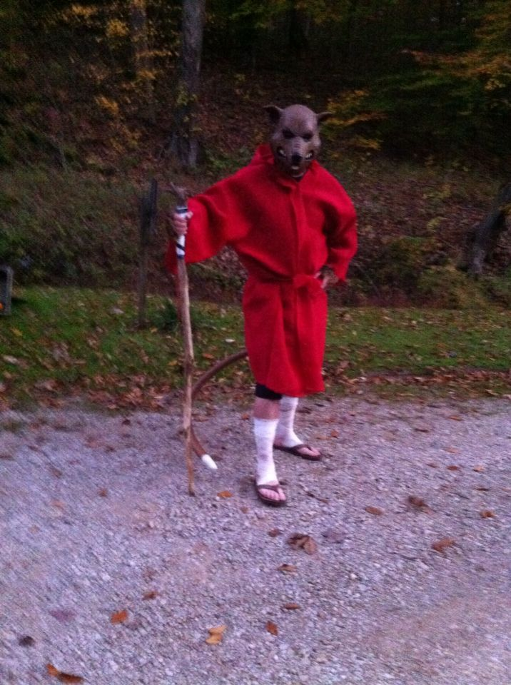Create your Master Splinter costume with burlap from Walmart (adjust to height), first-aid gauze, the tail is 9 gauge wire covered with pipe insulation and spray painted brown to finish and ends secured with tape...Splinter mask available at Amazon