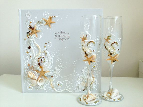 Starfish wedding champagne glasses, decorated with real ...