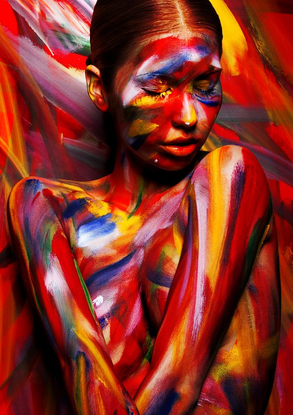 Pop out Painting - Viktoria Stutz {body art discreet nude female human body woman décolletage photo painting}