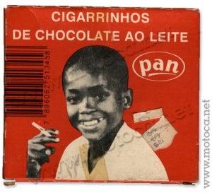 Propaganda antiga, usando uma criança de modelo da marca