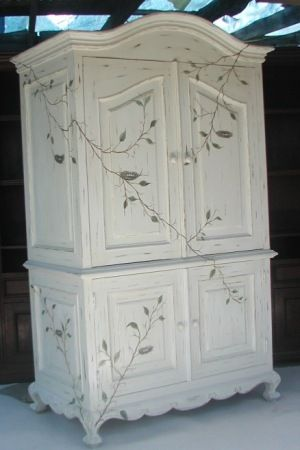 Best 25 Hand Painted Furniture Ideas On Pinterest