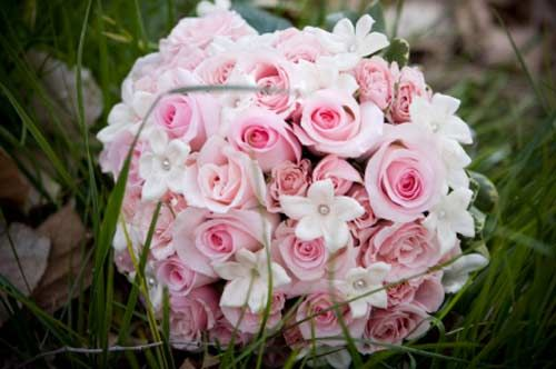 purple, Pink, and White Wedding Bouquet | pink rose bouquet with white stephanotis and pearls by Amilya