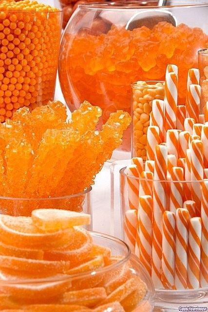 Decorating with Orange ~ Planet Weidknecht