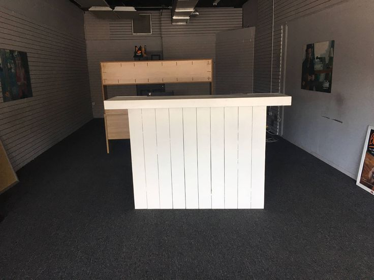 Mobili reception ~ Best rustic reception desks retail sales counters and pos