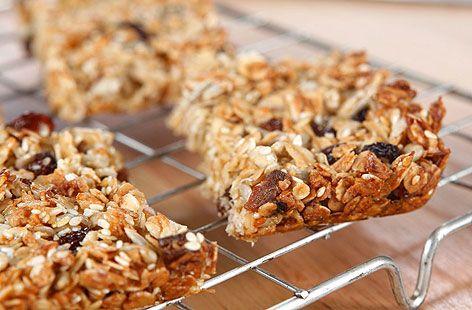 Crunchy flapjack bars