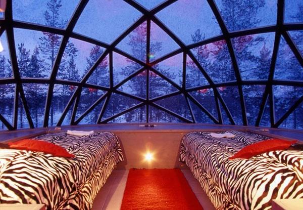 Northern lights Finnish hotel