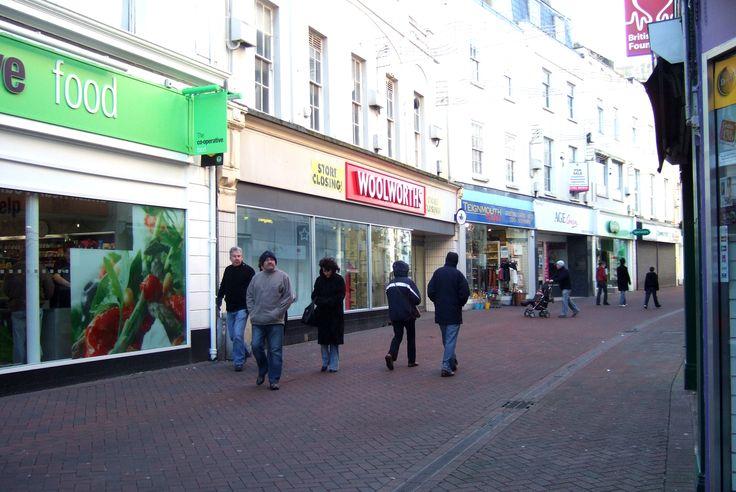 High Street, Teignmouth, Devon - Woolworth's closes - 2008
