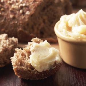 Bottling butter??  Um, WOW!: Bottle Butter, Vanilla Honey, Honey Butter, Food Storage, Emergency Preparedness, Bottled Butter, Bottling Butter, Prepping Ideas
