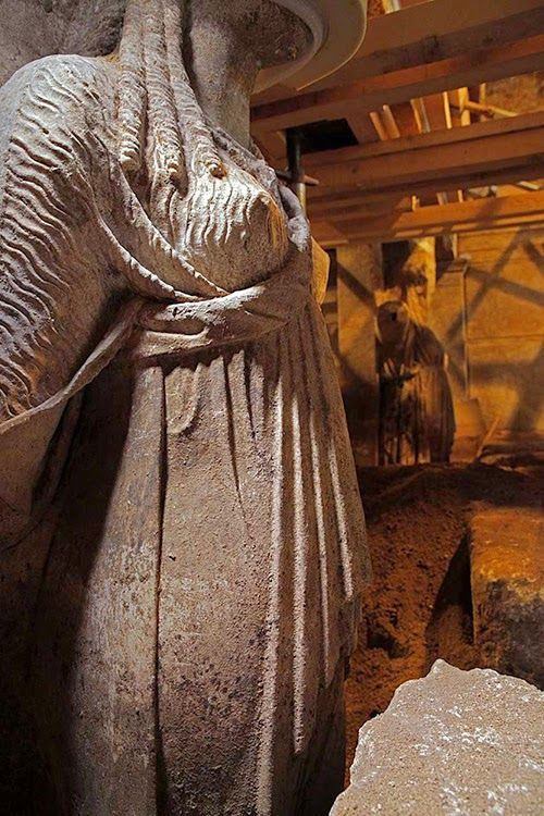 The Amphipolis caryatids revealedThe Amphipolis excavation has fueled intense media attention as the site dates to the era of Alexander the Great's death and some archaeologists have suggested relatives of the warrior king might be buried there.  Read more at: http://archaeologynewsnetwork.blogspot.com/2014/09/the-amphipolis-caryatids-revealed.html?utm_source=feedburner&utm_medium=email&utm_campaign=Feed:+TheArchaeologyNewsNetwork+(The+Archaeology+News+Network)#.VBI4NGOKWDp