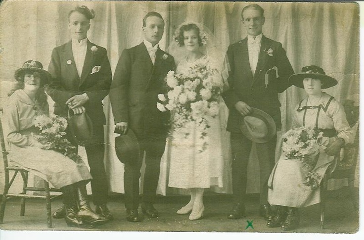 Real Retro Weddings: 26 Best Real Family Vintage Weddings Images On Pinterest