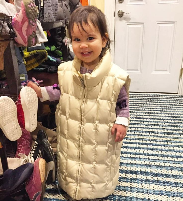 . Before we rose 40 degrees it was  waaay freezing around here. This smart little miss had on my gap down vest over her gap wool sweater  . . . . . #livevibrantly #nature #survival #freedom #unplugged #livegreen #wellbeing #sustainability #gapkids #nofilter #bethechange #quoteoftheday #pretendplay #momlife #thebest #truth #activist #momming #adulting #respect #dailylook #familyfirst #bblogger #honestlyparents #huffpost #buzzfeed #shareit #chicagomom #momofthree