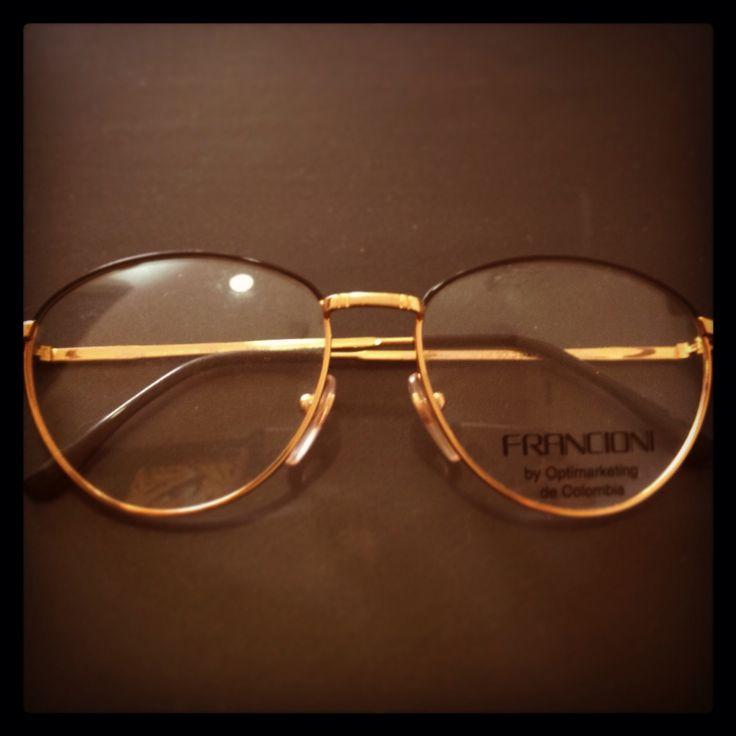 Montura Vintage dorada - negra