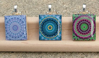 Resin Jewelry Ideas | ... resin jewelry - Jewelry made of resin: Kaleidoscope pattern jewelry