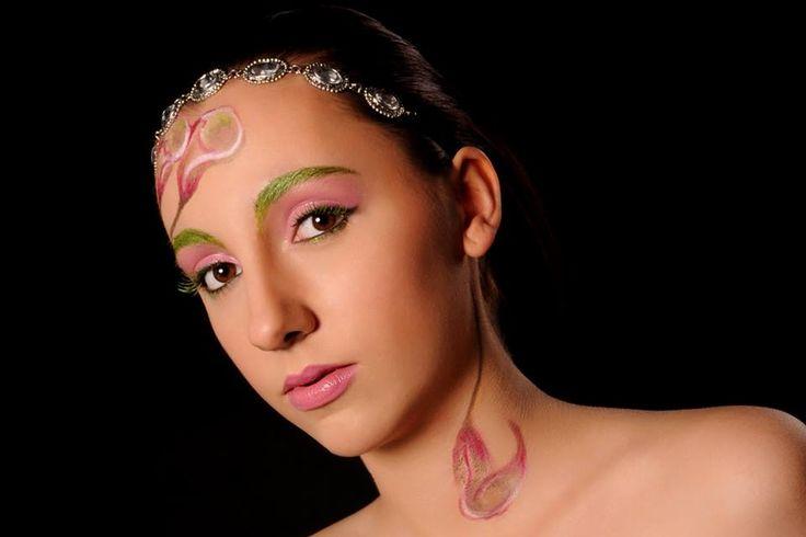 Flower make-up - Fotografie; Fotoaanhuis Lincy - Mua Julie Geldhof