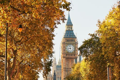 Big Ben in sunny autumn day by Chalabala. Palace of Westminster and Big Ben in sunny autumn day, London, The United Kingdom of Great Britain and Northern Ireland Beautiful Places To Visit, Most Beautiful, Beautiful Places In England, Places To Travel, Places To Go, Travel Destinations, London England, Oxford England, Cornwall England