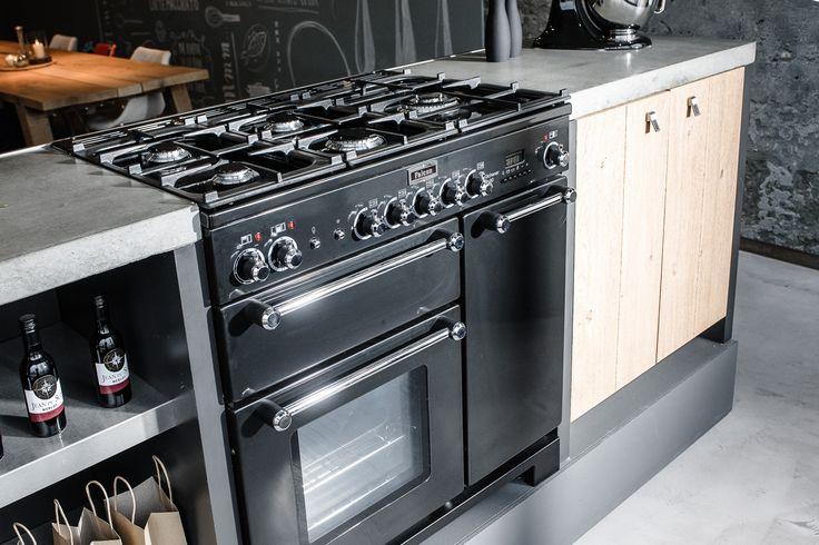 Robuuste keukens met een nostalgisch tintje bij Janssen en Ko in Uden!