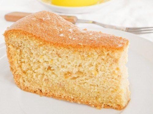 Кукурузный пирог с миндалем