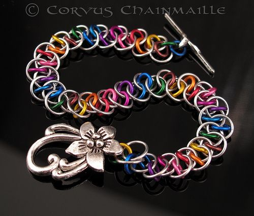 Shenanigans bracelet in aluminum #chainmaille