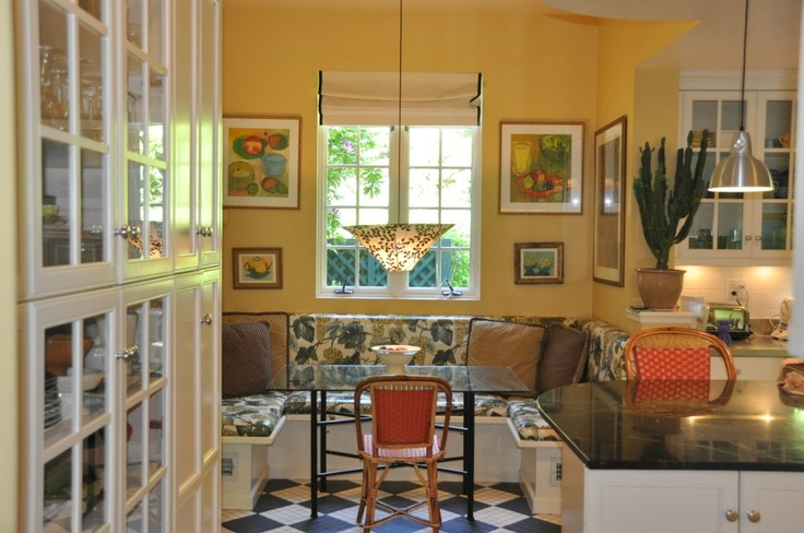 Concord Ivory By Benjamin Moore Such A Beautiful Golden