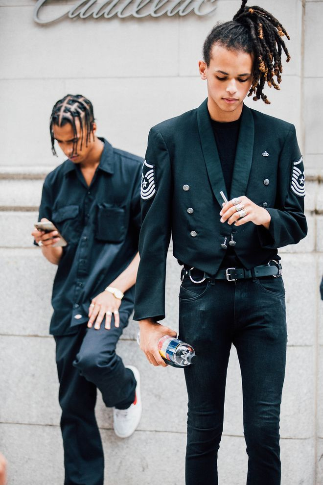 fc2cf15e8e30 The best Street Style at New York Menswear Week Spring Summer 2018 ...