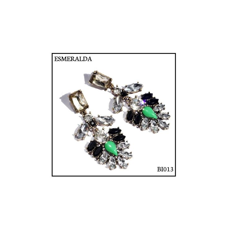Ref: BI013 Esmeralda . Medidas: 7.7 cm x 3 cm . So Oh: 9.99 . Disponível para entrega imediata! Boas compras! #sooh_store #onlinestore #bohemian #brincos #earrings #fashion