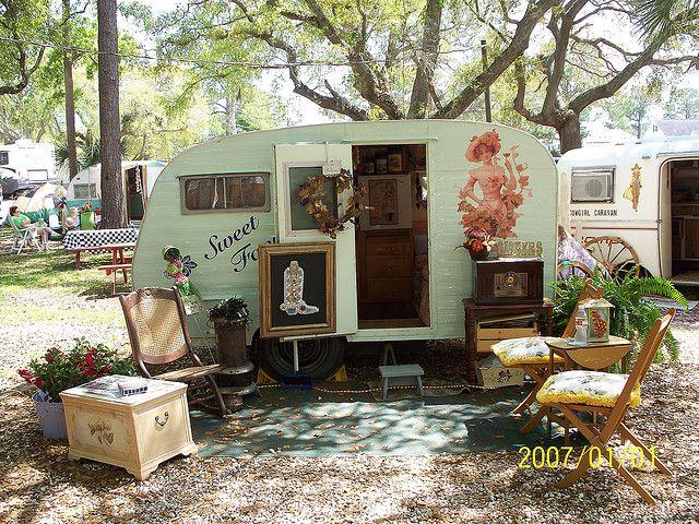 Such a sweet vintage camper, in a sweet camper world!