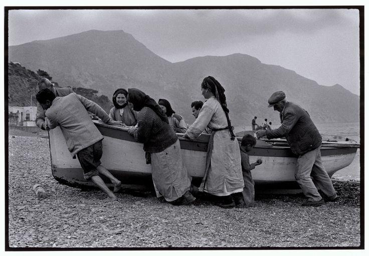 GREECE. Karpathos. 1964. Beaching a fishing boat.
