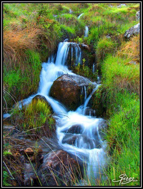 Ρυάκι - Creek by Spiros Nousiadis