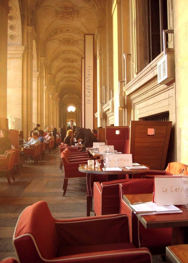Louvre, Café Marly  I miss 3 am looking at the stars at the Lourve in Paris.  Ahhh souvenirs!