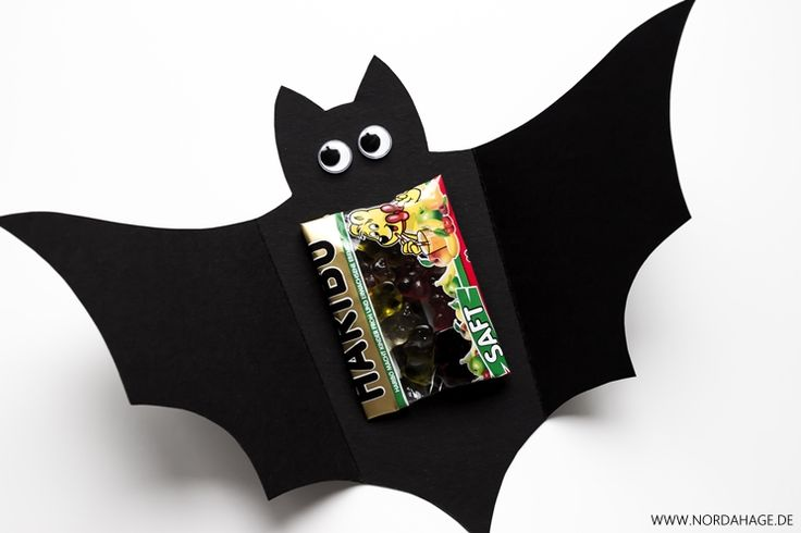 Fledermauskarte / DIY Halloween Bat Treat Card