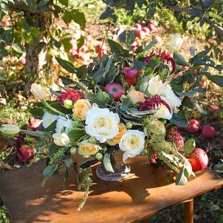 Apples! Flowers! Capture Fall with This Orchard-Inspired Centerpiece