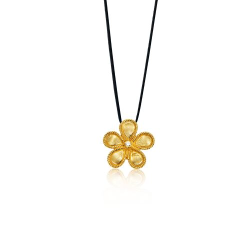 Daisy pendant in 18KT yellow gold with diamond.