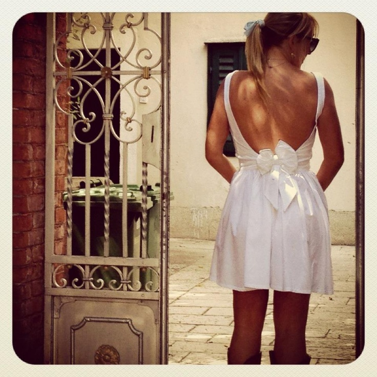 Back of white dress with bow, made with help of Mommy