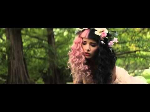 """Melanie Martinez divulga clipe de """"Soap"""" e """"Training Wheels"""" #Cantora, #Clipe, #Novo, #NovoClipe, #Single, #Vídeo http://popzone.tv/2015/11/melanie-martinez-divulga-clipe-de-soap-e-training-wheels/"""