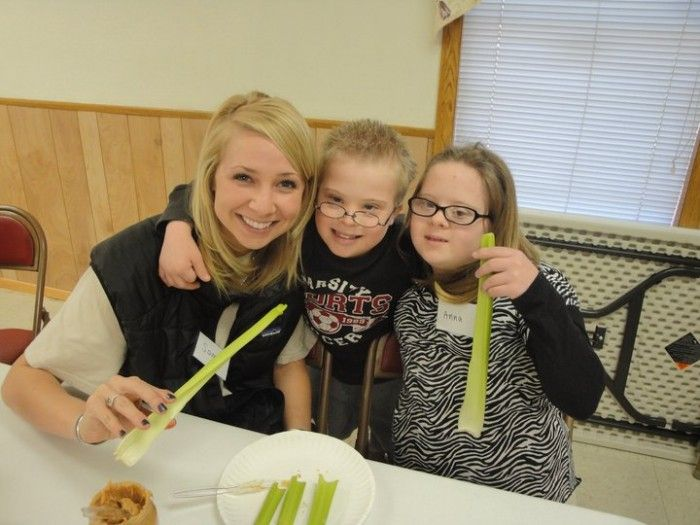 Kids with Down syndrome learn etiquette rules