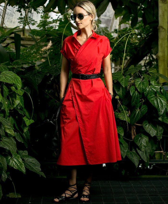 Entre coupe légèrement destructurée et couleur glamour, cette robe Tomas Maier a tout bon ! (blog TheFashionGuitar)