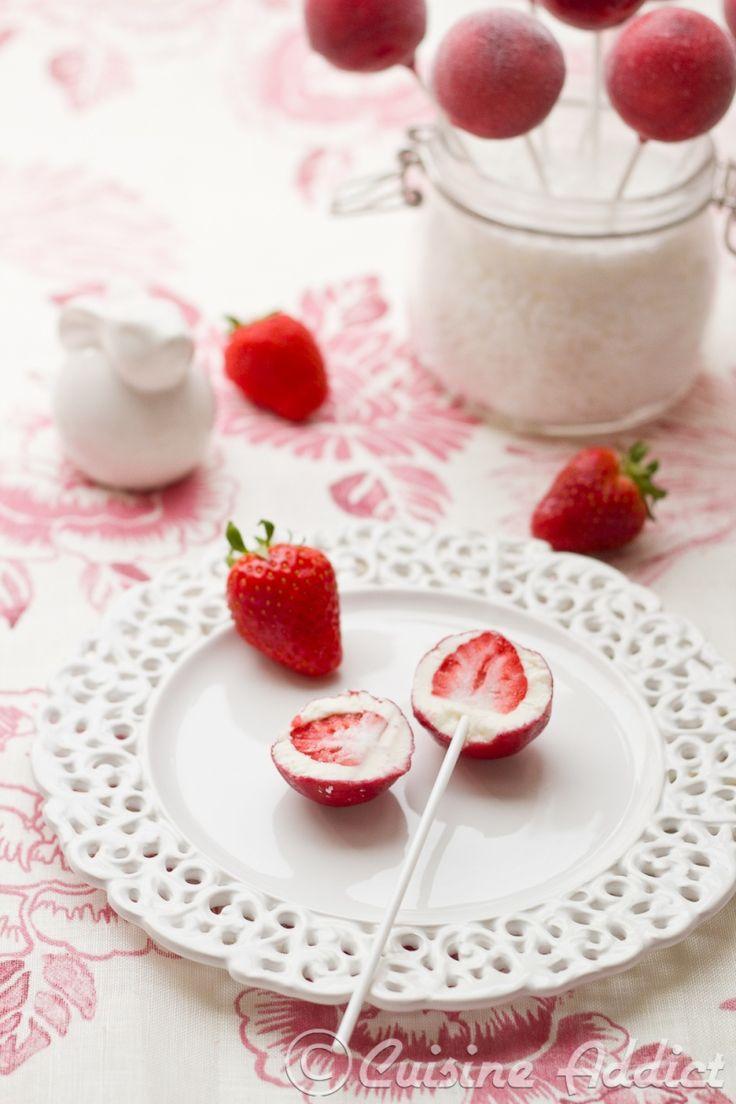 Fraises-pop's glacées au Yaourt - Cuisine Addict