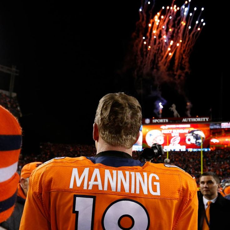 The stadium lights were out. The parking lots were emptying.  So why was Peyton Manning back on the sideline? Judy Battista explains: http://www.nfl.com/news/story/0ap2000000312714/article/peyton-manning-denver-broncos-learn-from-last-seasons-failure