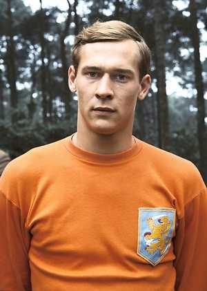 ZEIST - Portret uit 1976 van PSV-keeper Jan van Beveren, hier in Oranje-tenue. ANP PHOTO