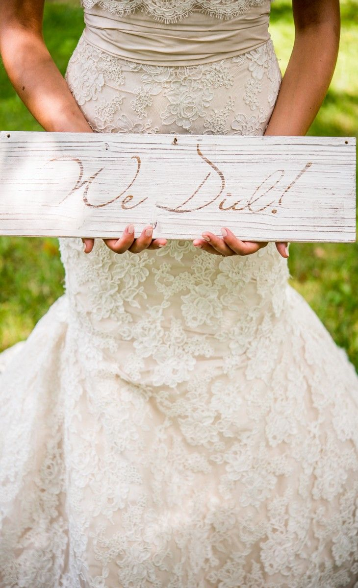 Cute just married sign